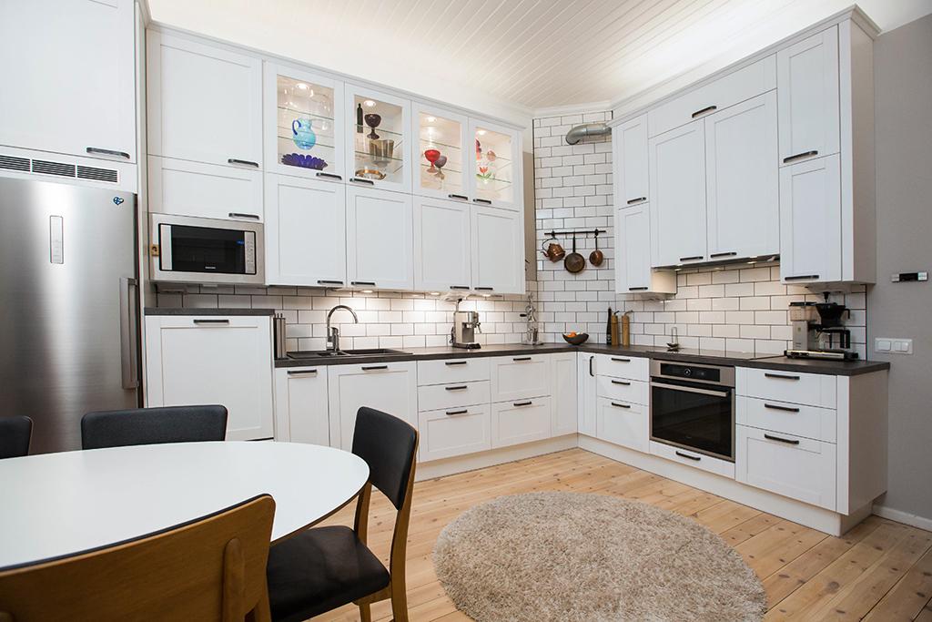 Puustellin keittiö ja sisustusmessu kök och inredningsmässa 25 26 3  Radio